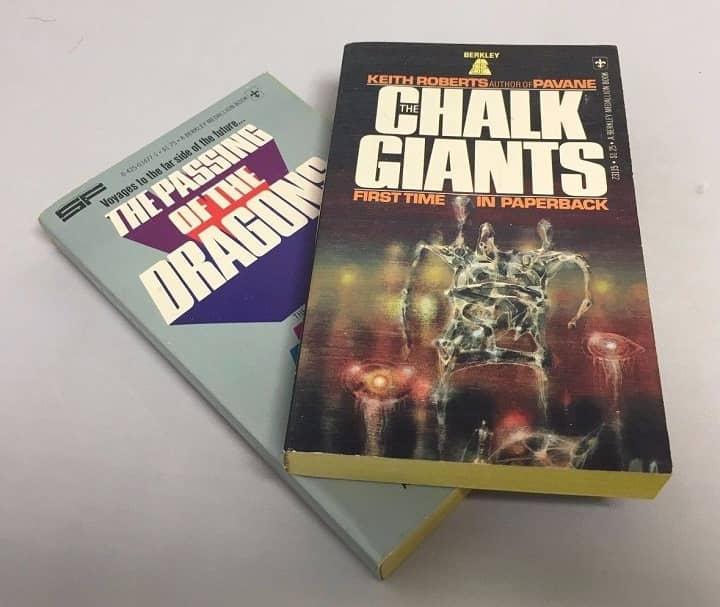 Keith Roberts The Passing of the Dragons The Chalk Giants-small