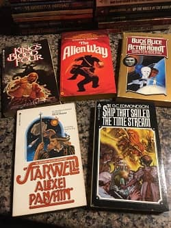 Lot of 40 Science Fiction Paperbacks $30 2-small
