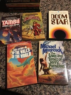 Lot of 40 Science Fiction Paperbacks $30 4-small