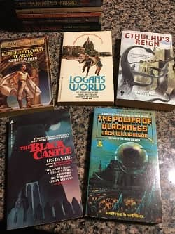 Lot of 40 Science Fiction Paperbacks $30 6-small