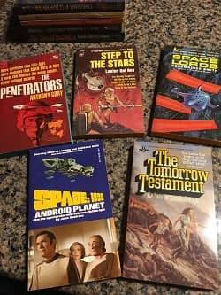 Lot of 40 Science Fiction Paperbacks $30 7-small