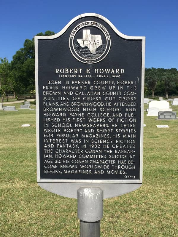 Howard Days 2019 Robert E Howard grave site-small