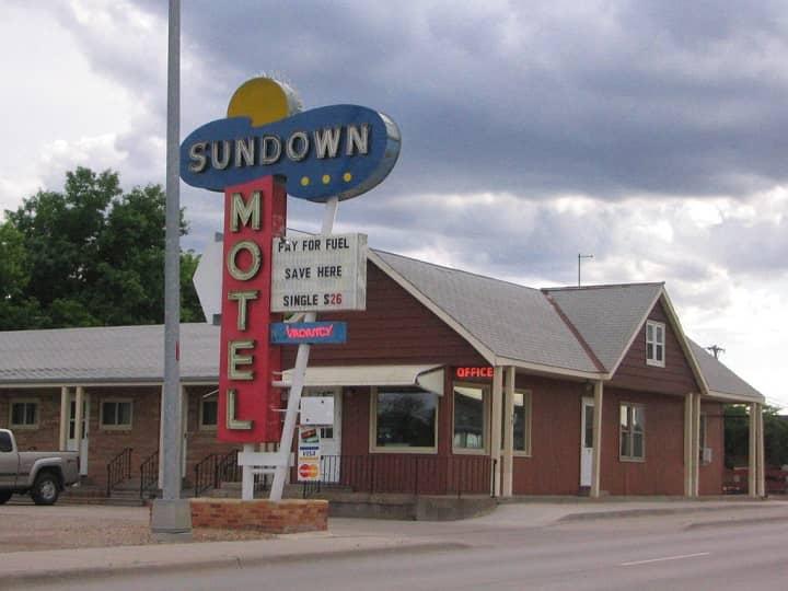 Sundown Motel-small
