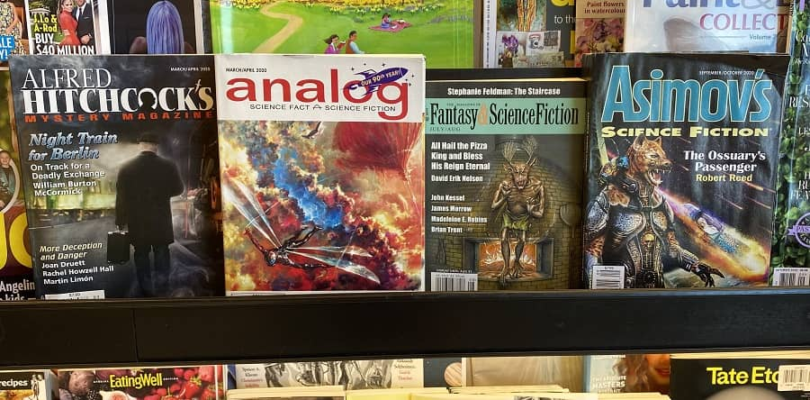 Barnes and Noble science fiction magazine rack September October 2020-small